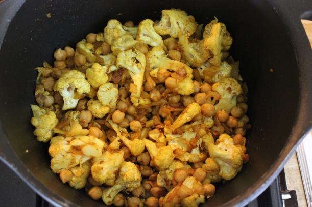 cauliflower and chikpeas