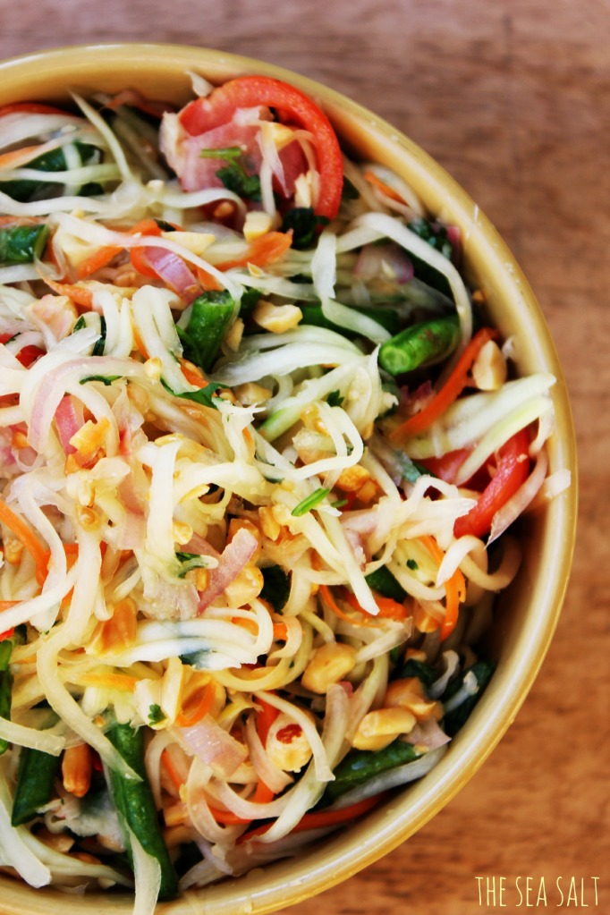 Thai Green Papaya Salad (Som Tum)